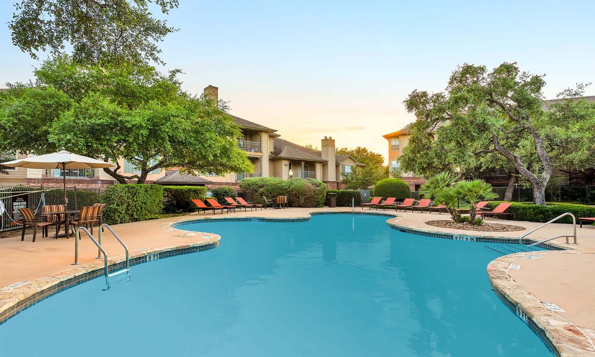 Apartments at The Estates of Northwoods in San Antonio, Texas