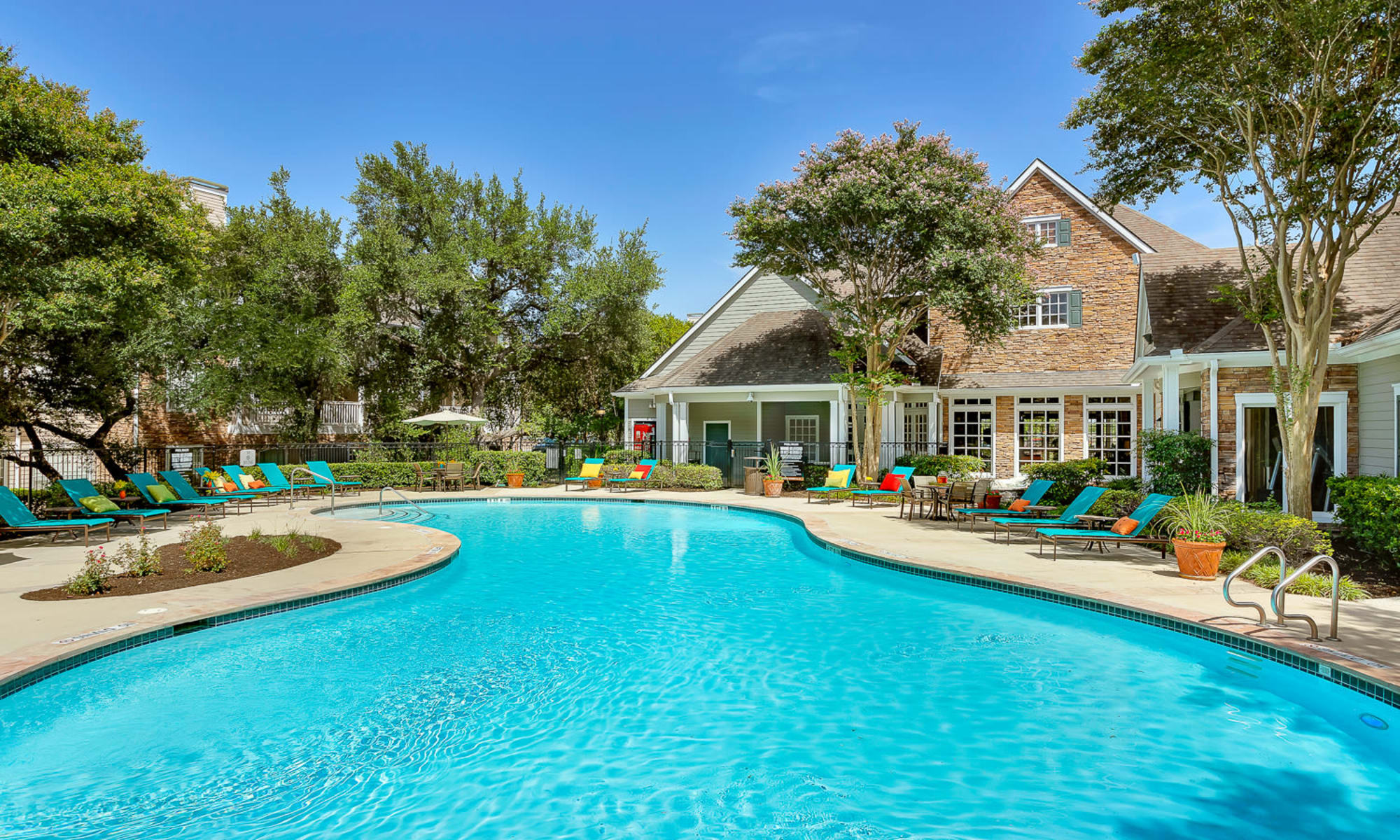 Apartments at The Lodge at Westover Hills in San Antonio, Texas