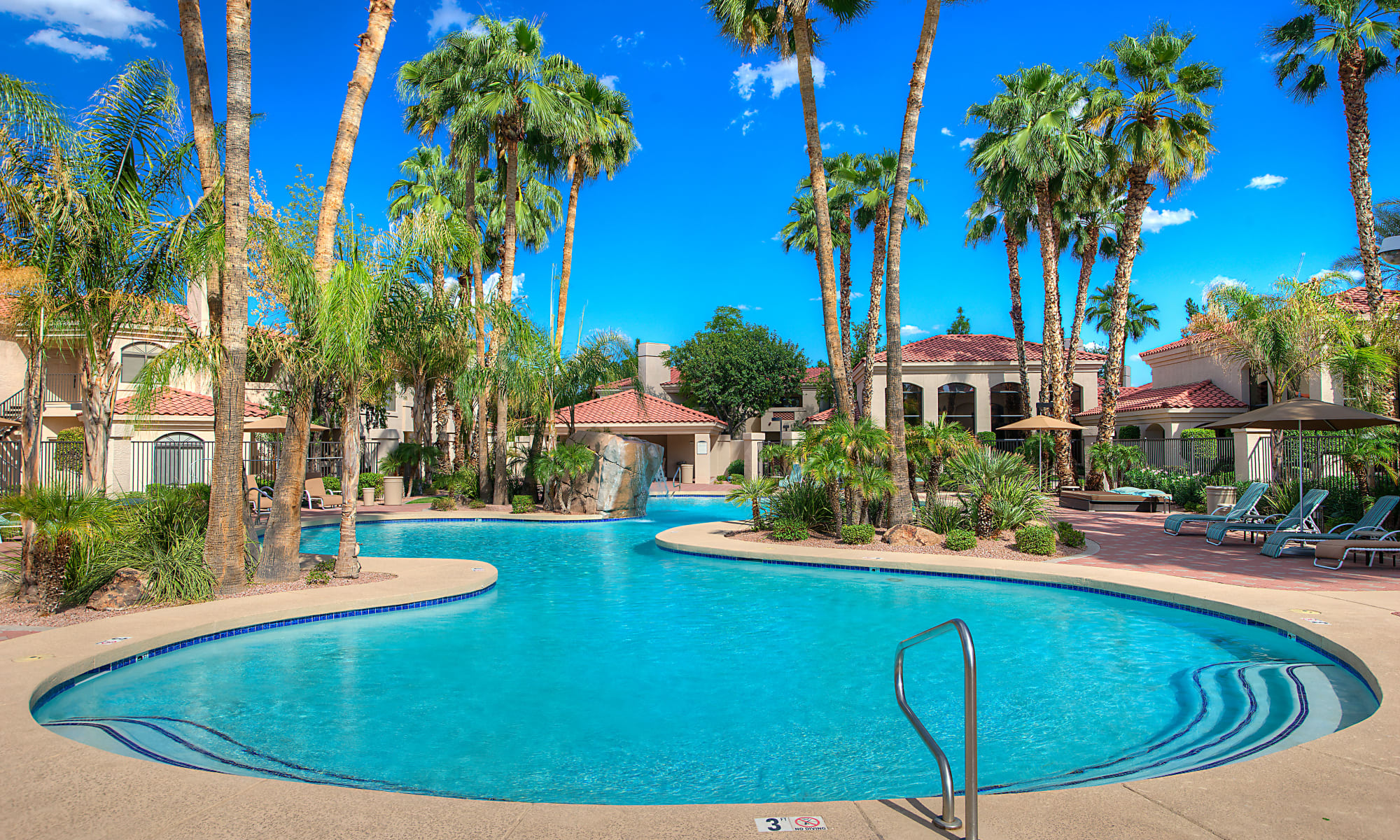 Apartments in Tempe, Arizona at San Palmilla