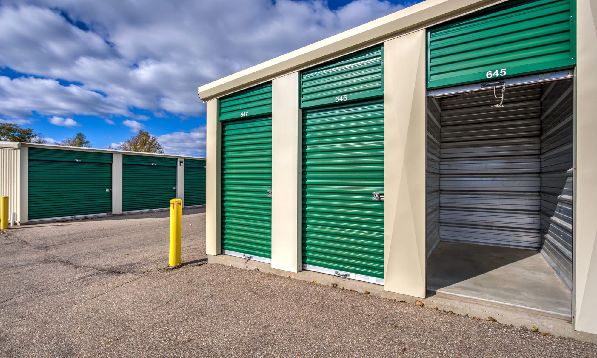 Storage in Fenton, Michigan at Citizen Storage
