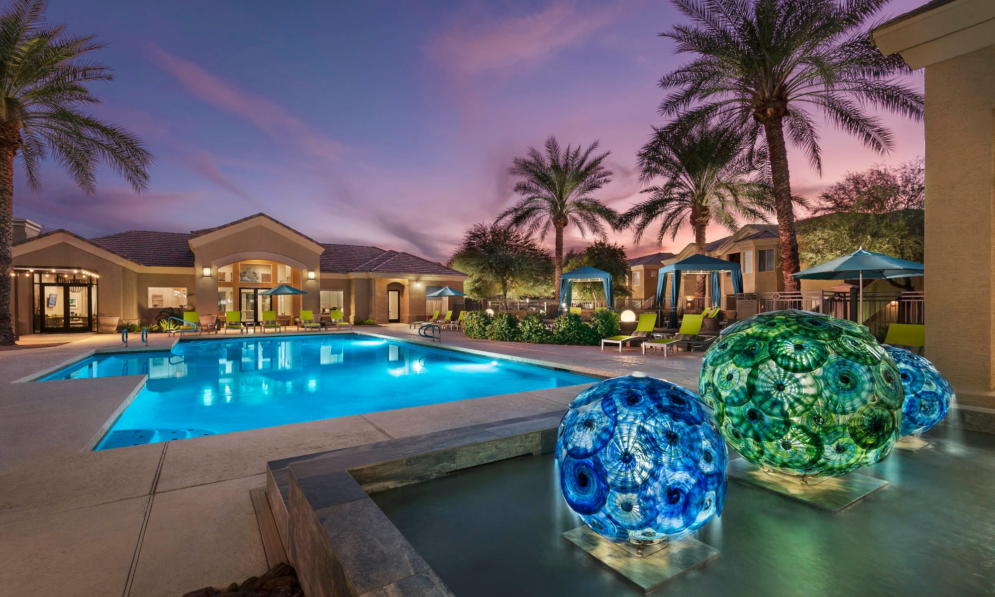 Apartments in Chandler, Arizona at Mira Santi
