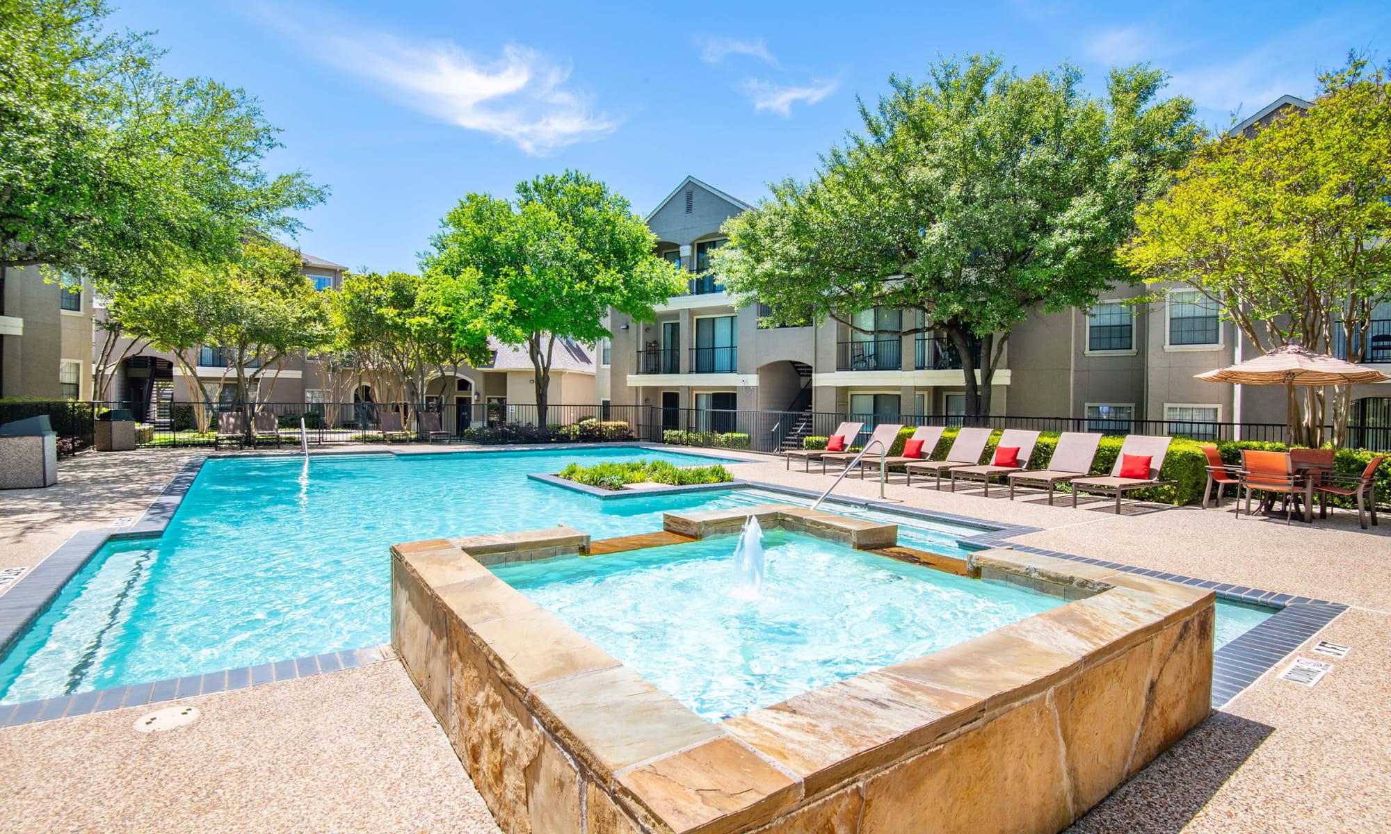 Apartments at Briargrove at Vail in Dallas, Texas