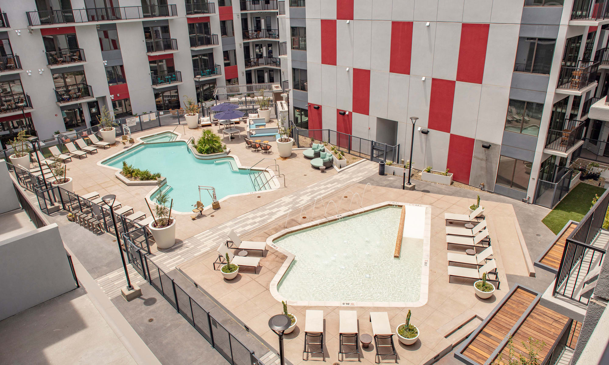 Luxury swimming pool in Tempe, Arizona, at The Local Apartments