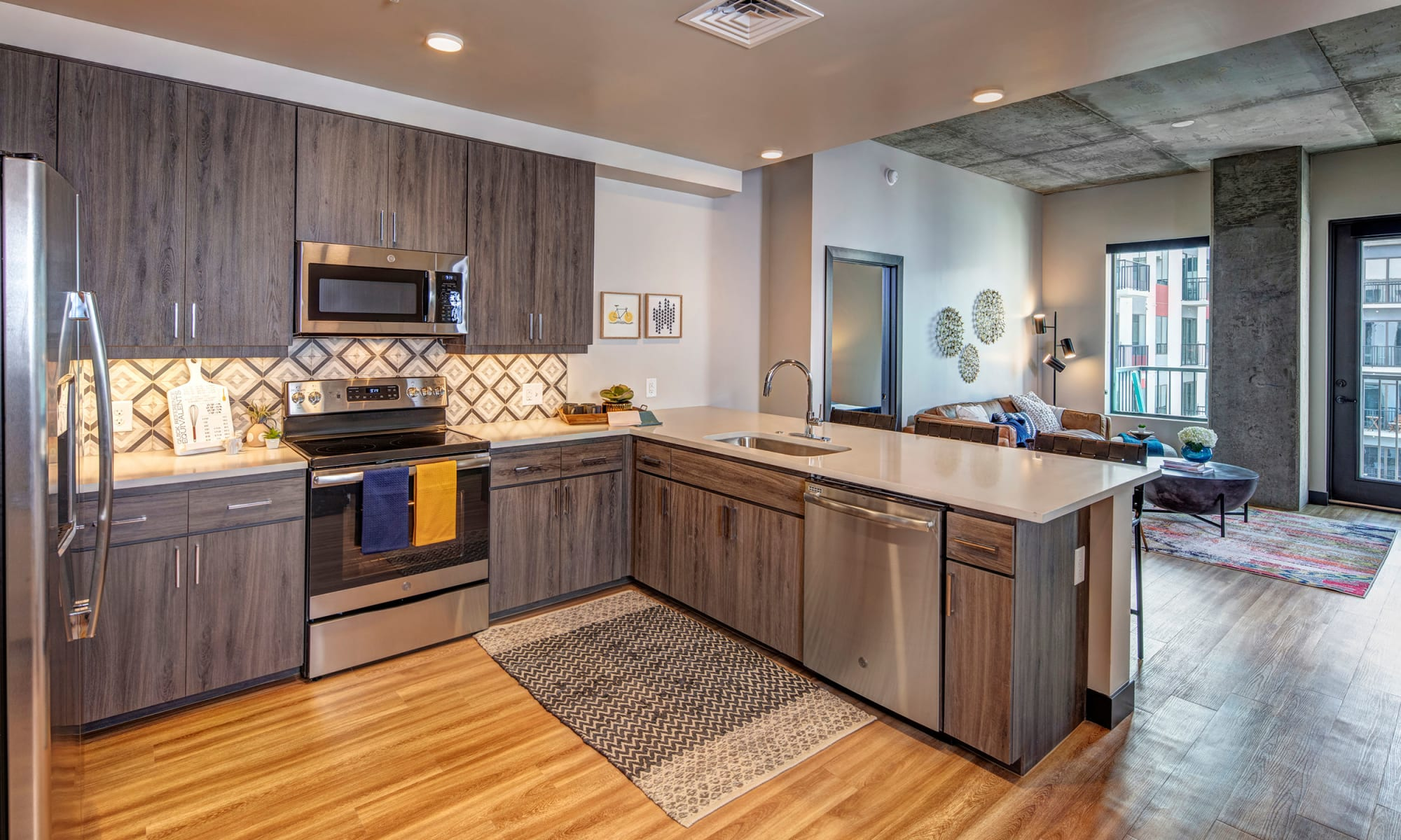 Downtown Tempe, AZ Apartments | The Local Apartments