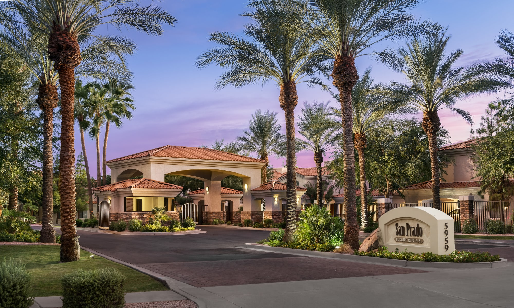 Apartments at San Prado in Glendale, Arizona