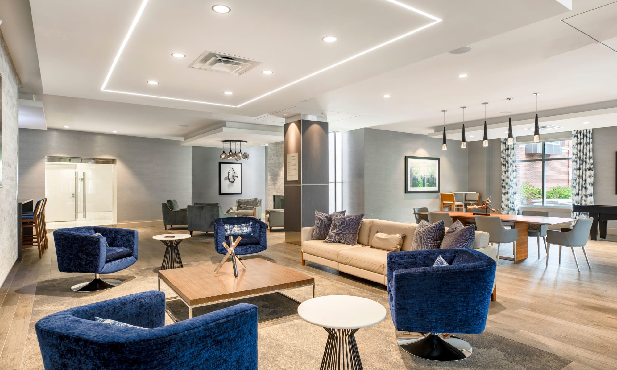 Plenty of seating in the lobby at The Harper at Harmon Meadow in Secaucus, New Jersey
