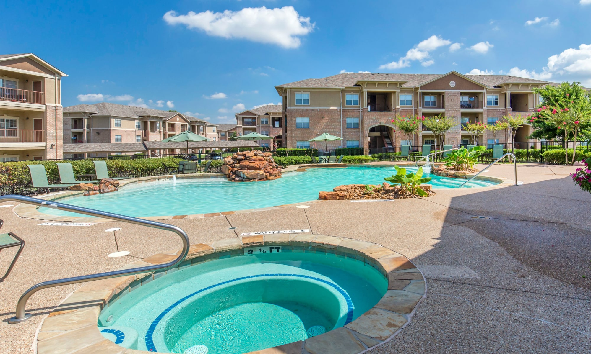 Apartments at Ranch at Hudson Xing in McKinney, Texas