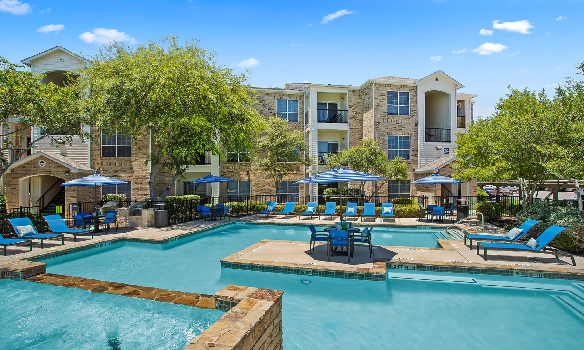 Apartments and Townhomes in San Antonio, Texas