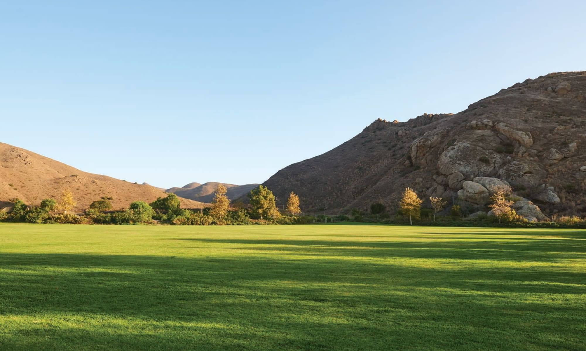 Expansive green lawn at Mission Hills in Camarillo, California