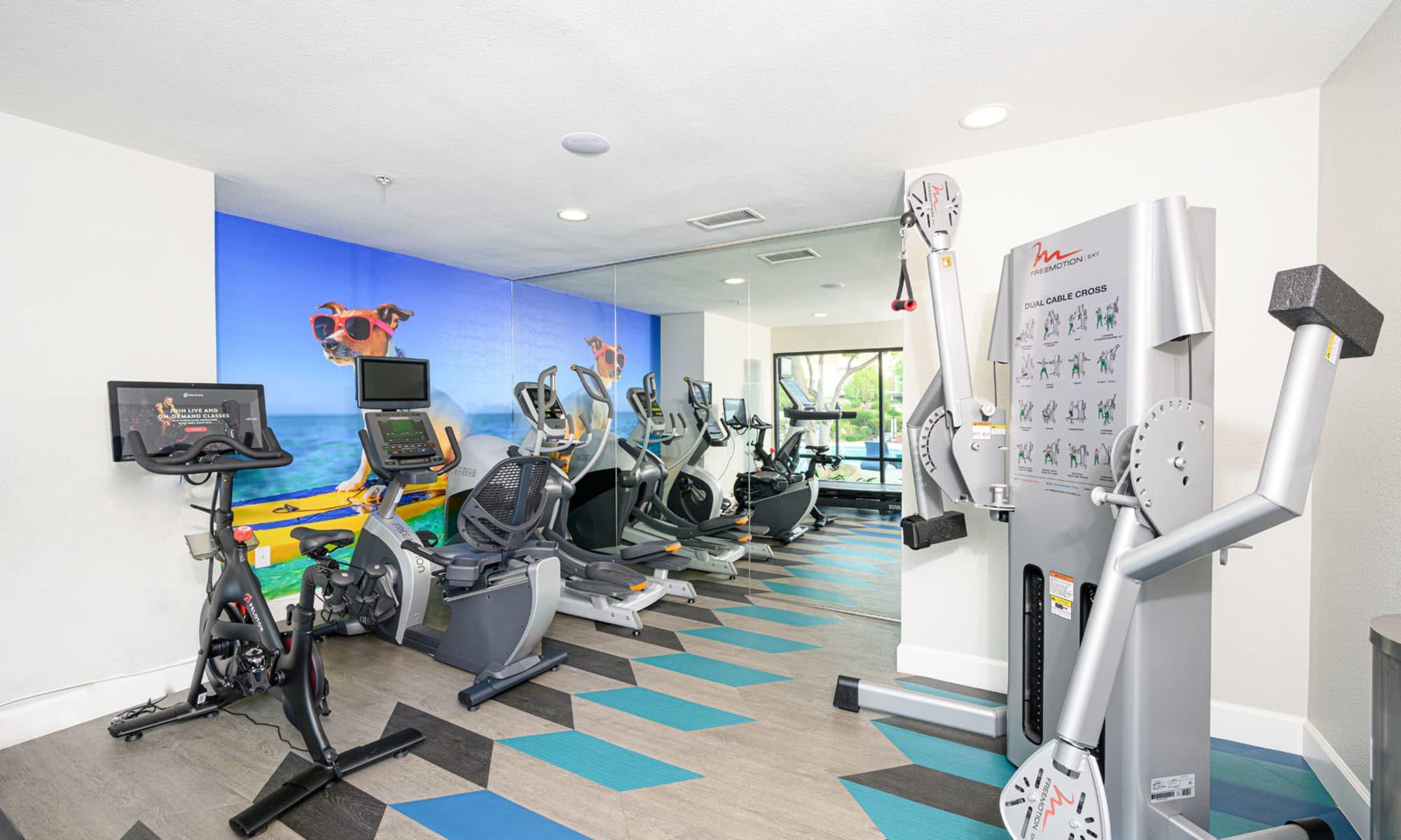 Well-equipped onsite fitness center at Sendero Huntington Beach in Huntington Beach, California