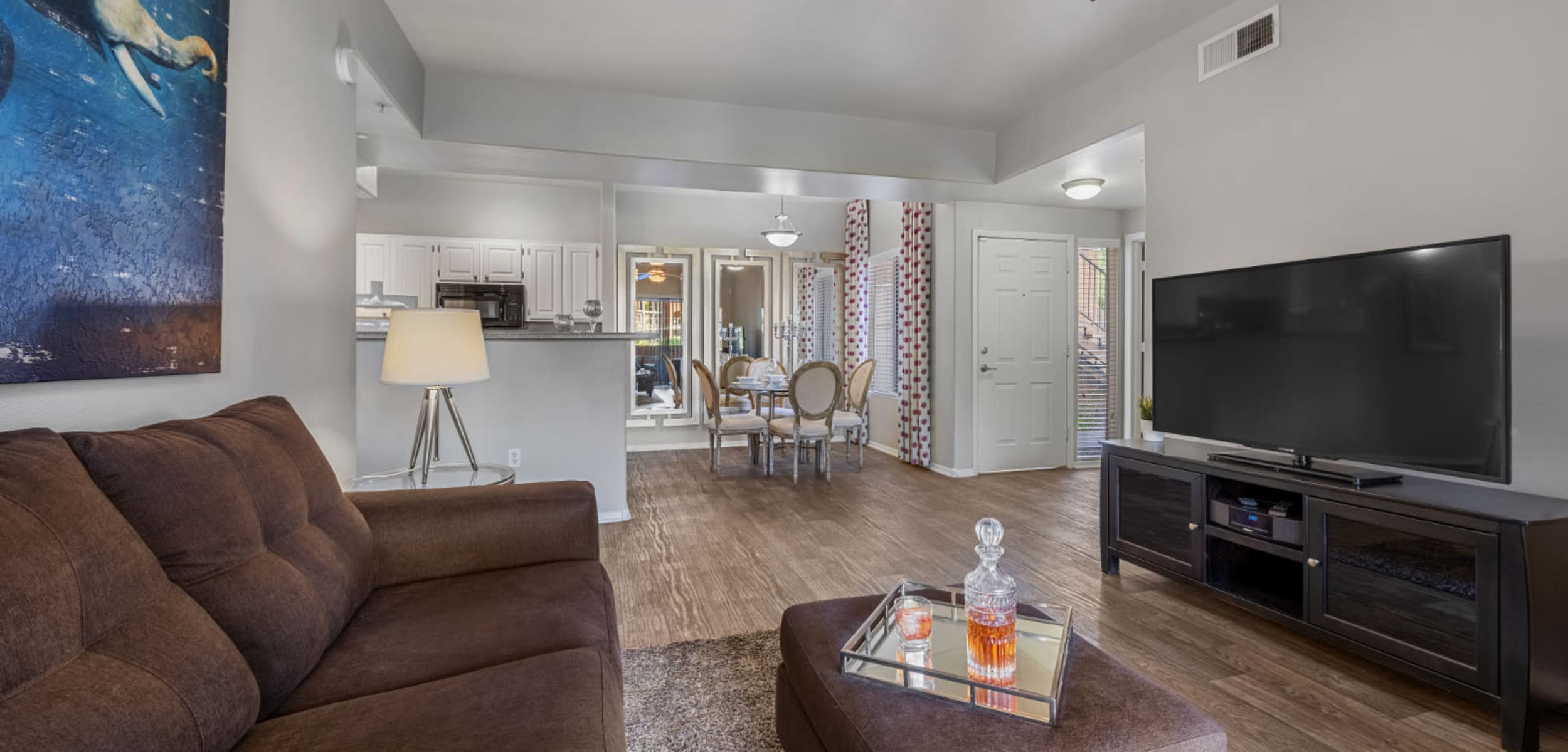 Open living space with furnishings at Alante at the Islands in Chandler, Arizona