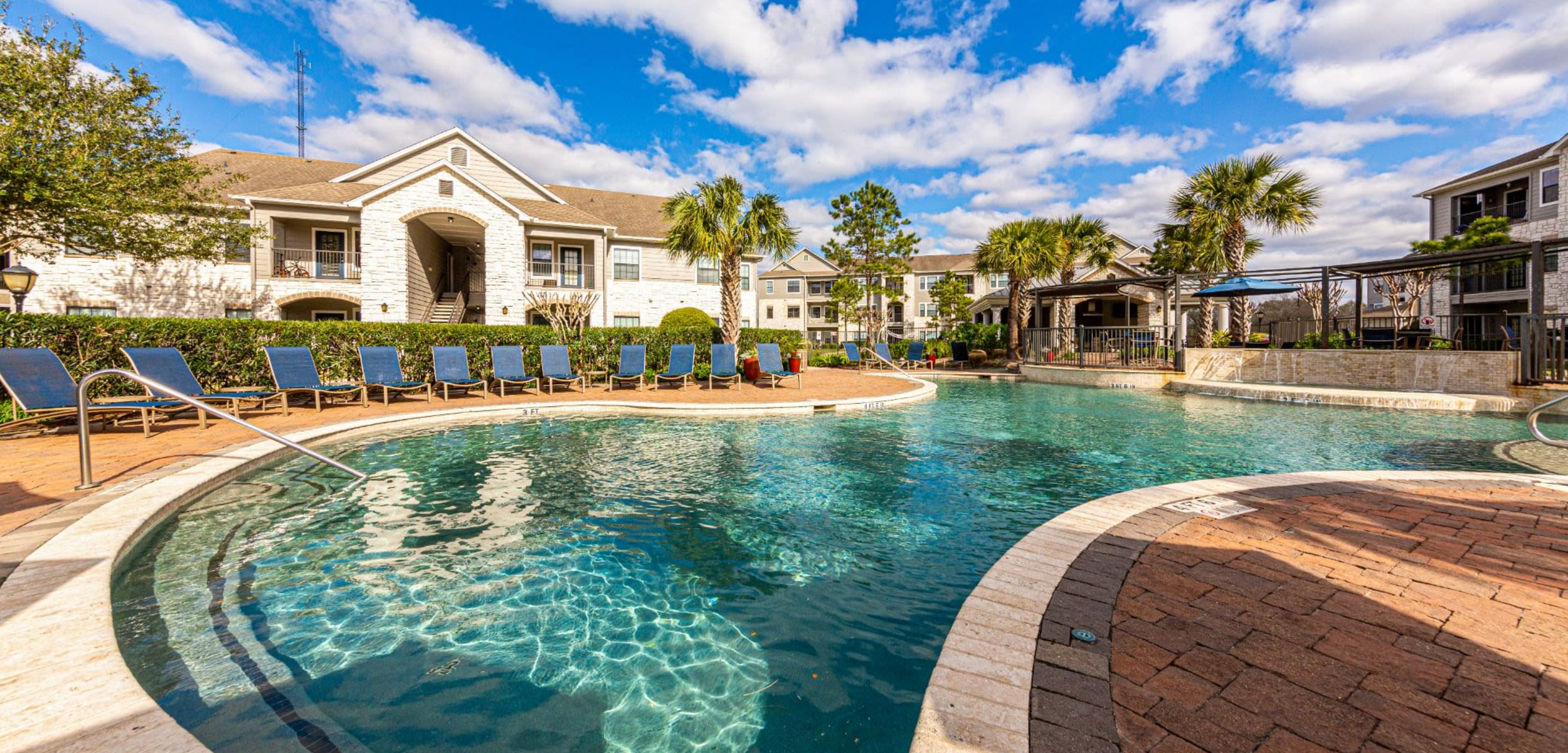 Outdoor pool at Marquis Grand Lakes in Richmond Texas,