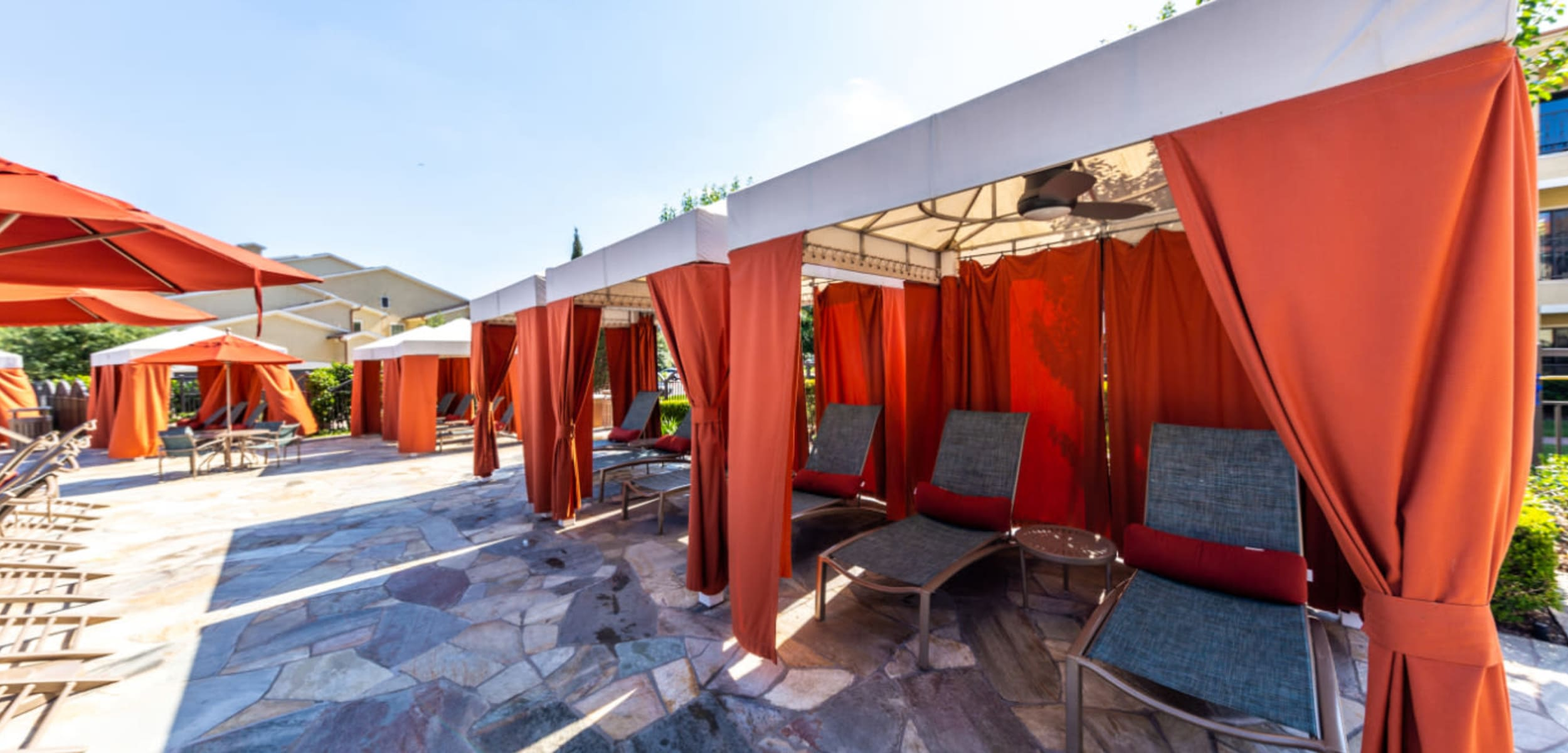 Resort style gazebos with lounge area chairs at Marquis at the Reserve in Katy, Texas