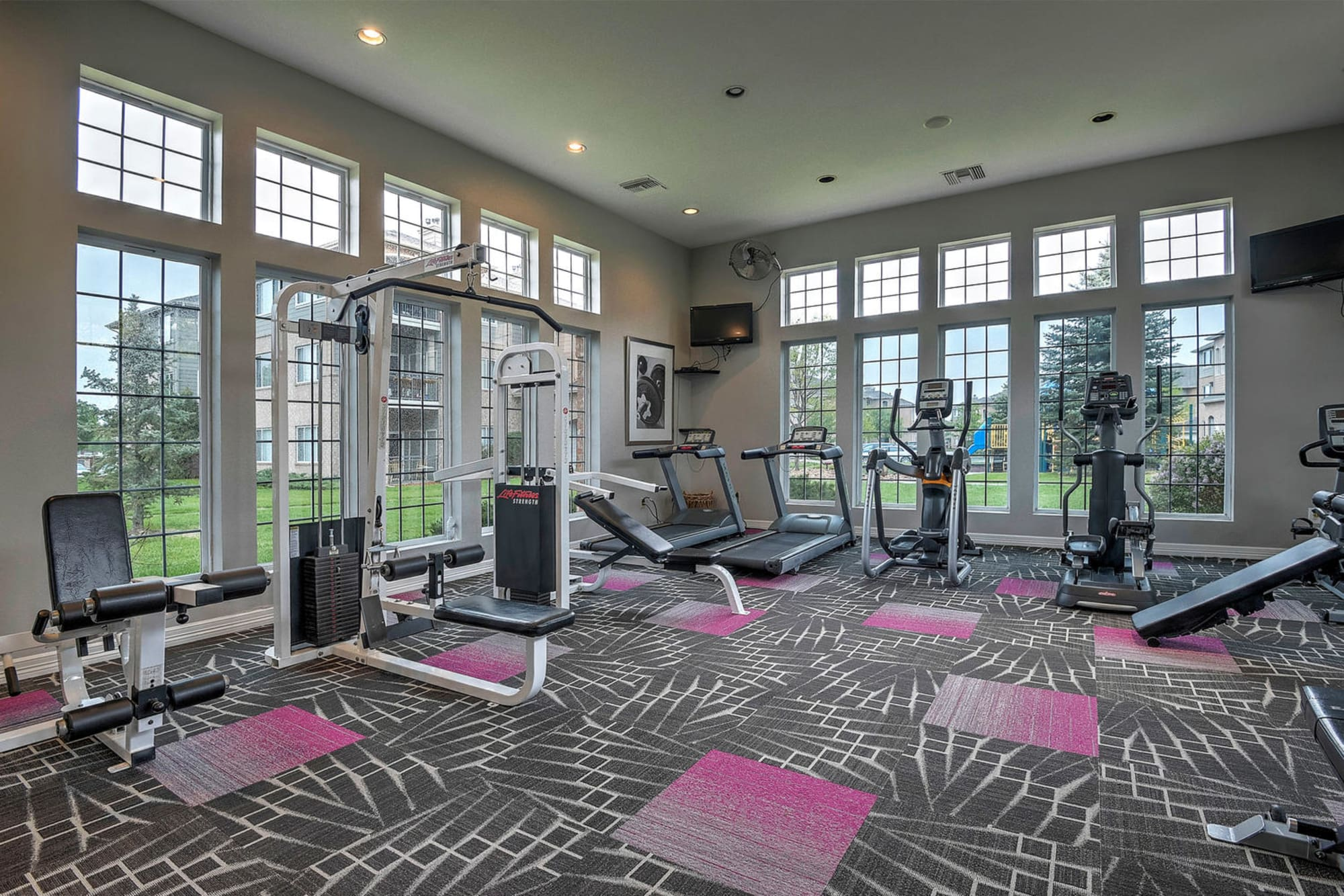 Fitness Center At Hawthorne Hill Apartments