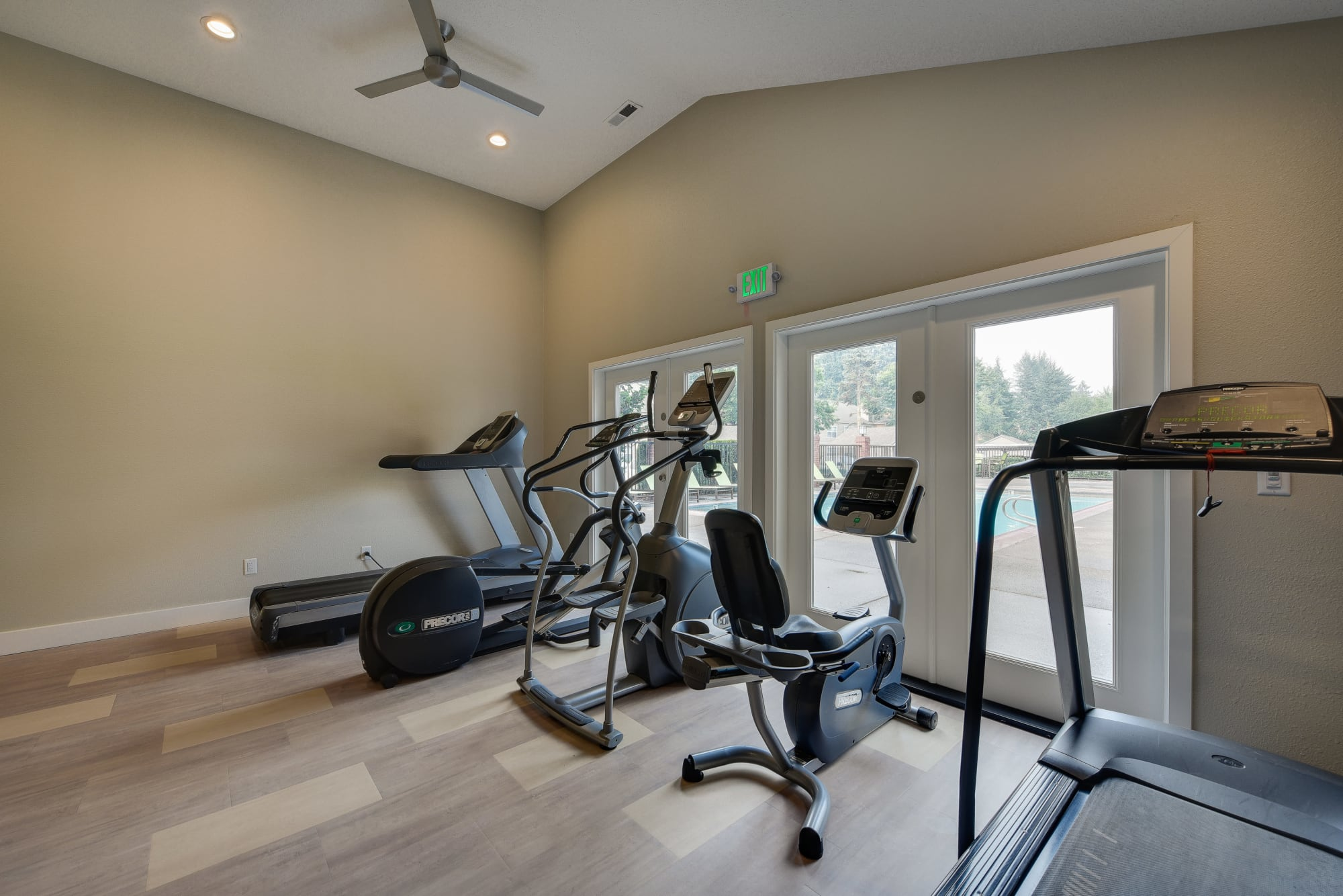 fully equipped Gym at Carriage Park Apartments