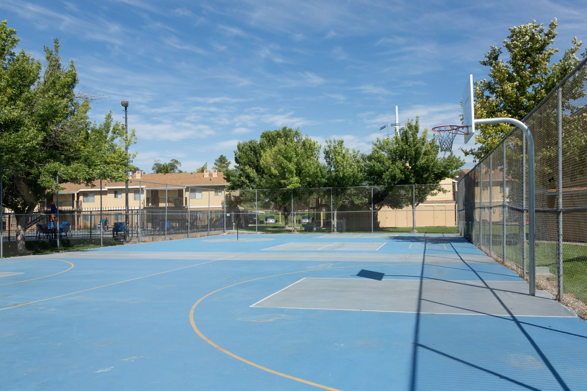 multi-purpose sports court at Callaway Apartments