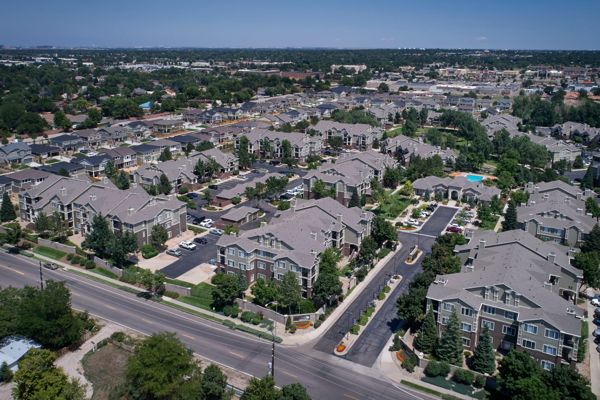 Aerial view of Legend Oaks Apartments in Aurora, Colorado