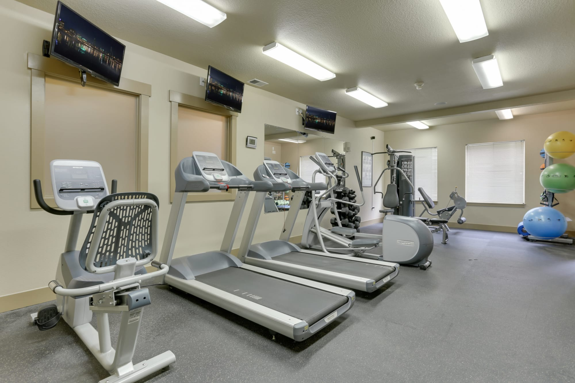 State Of The Art Fitness Center At The Landings at Morrison Apartments