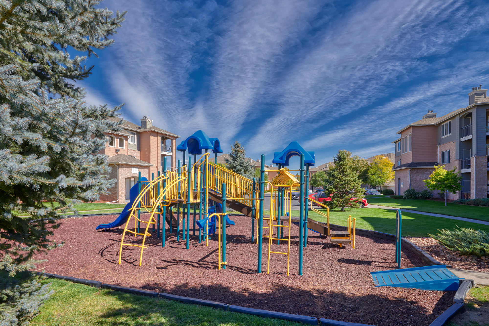playground at Hawthorne Hill Apartments