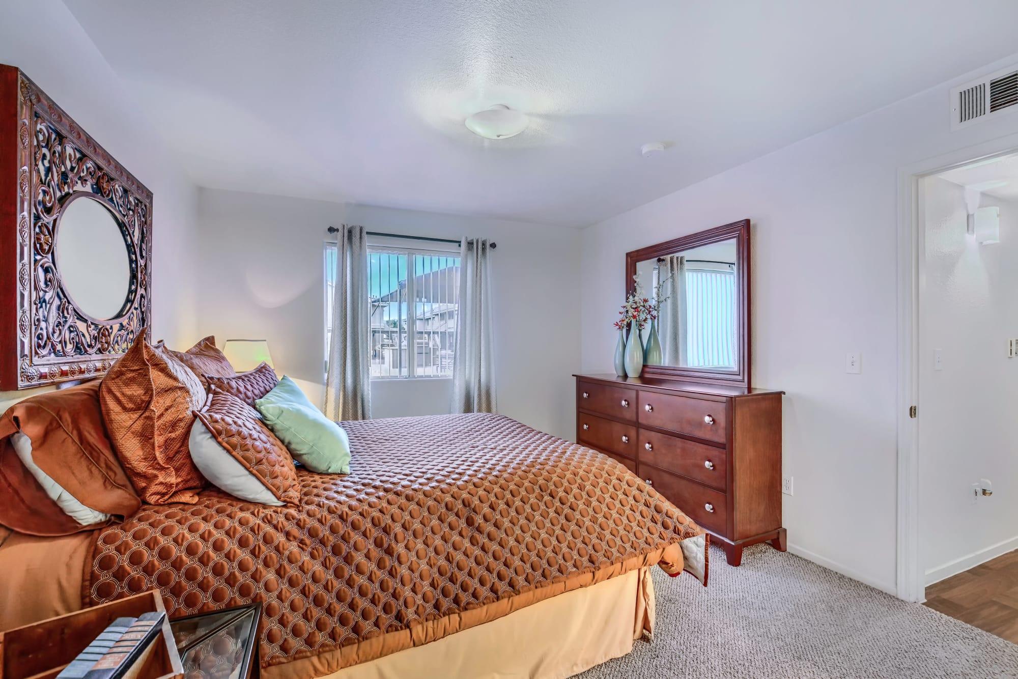 Spacious bedroom at Portola Del Sol in Las Vegas