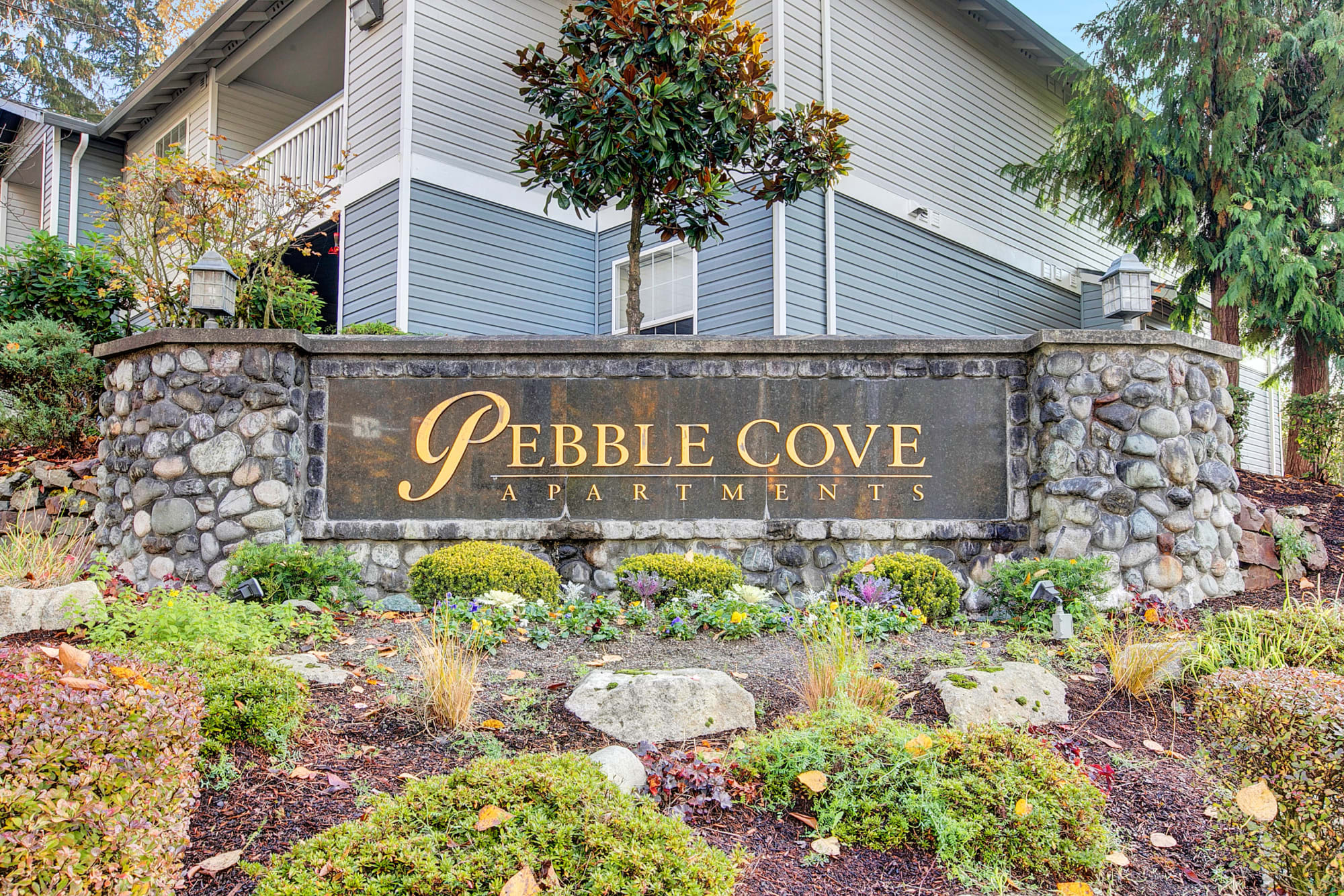 Monument Sign at Pebble Cove Apartments in Renton
