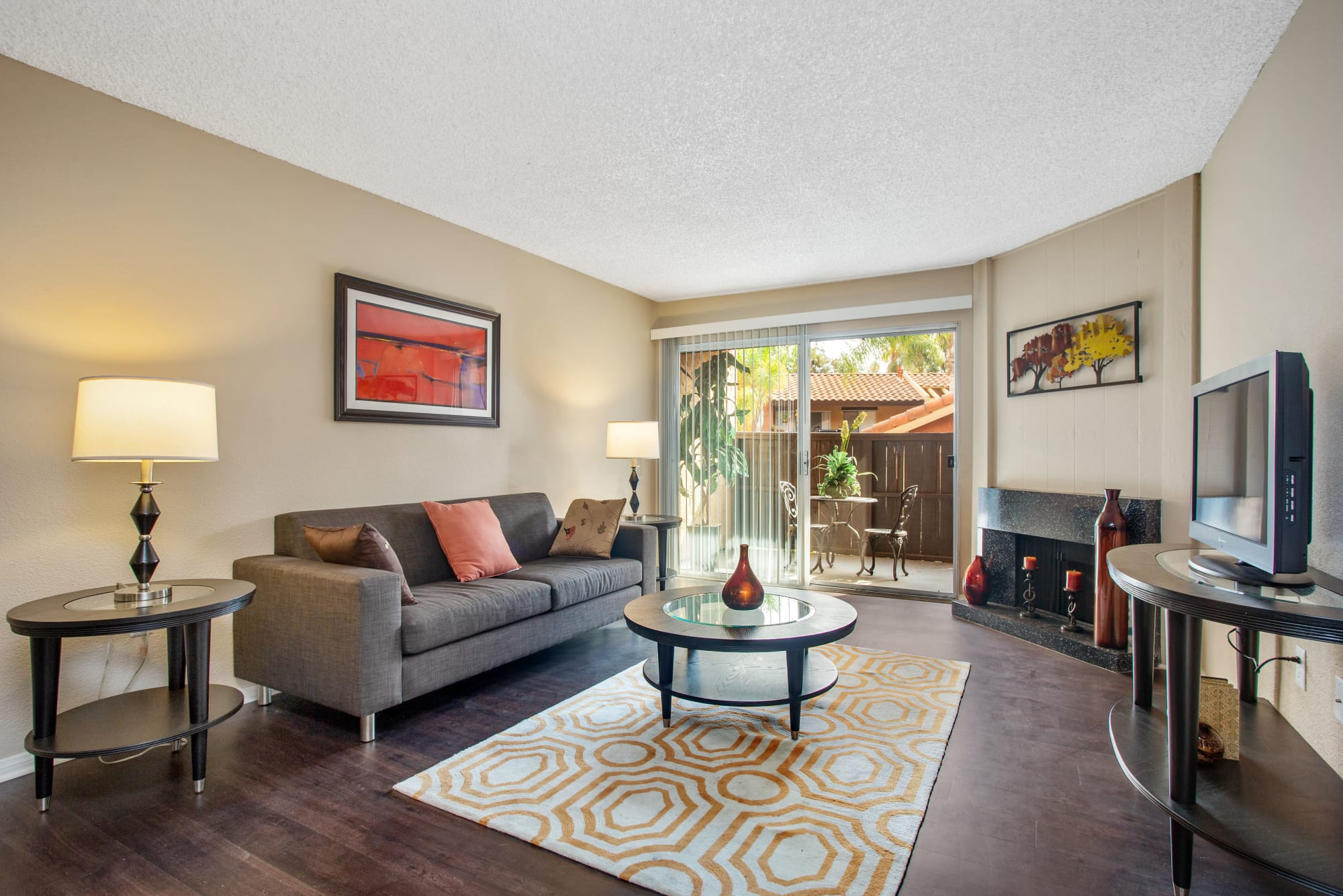 Comfy Apartment at Shadow Ridge Apartments in Oceanside, CA