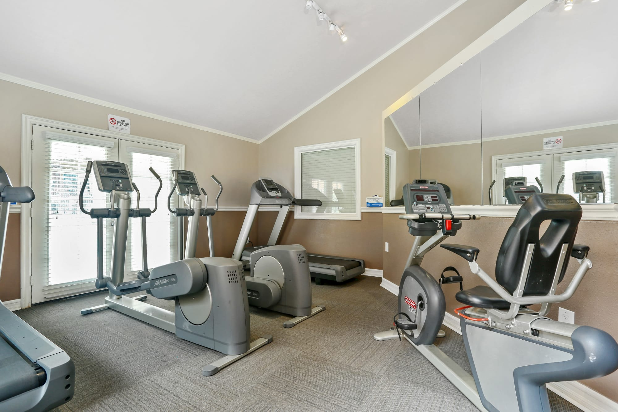 Fitness Center at Shadow Ridge Apartments in Oceanside, CA
