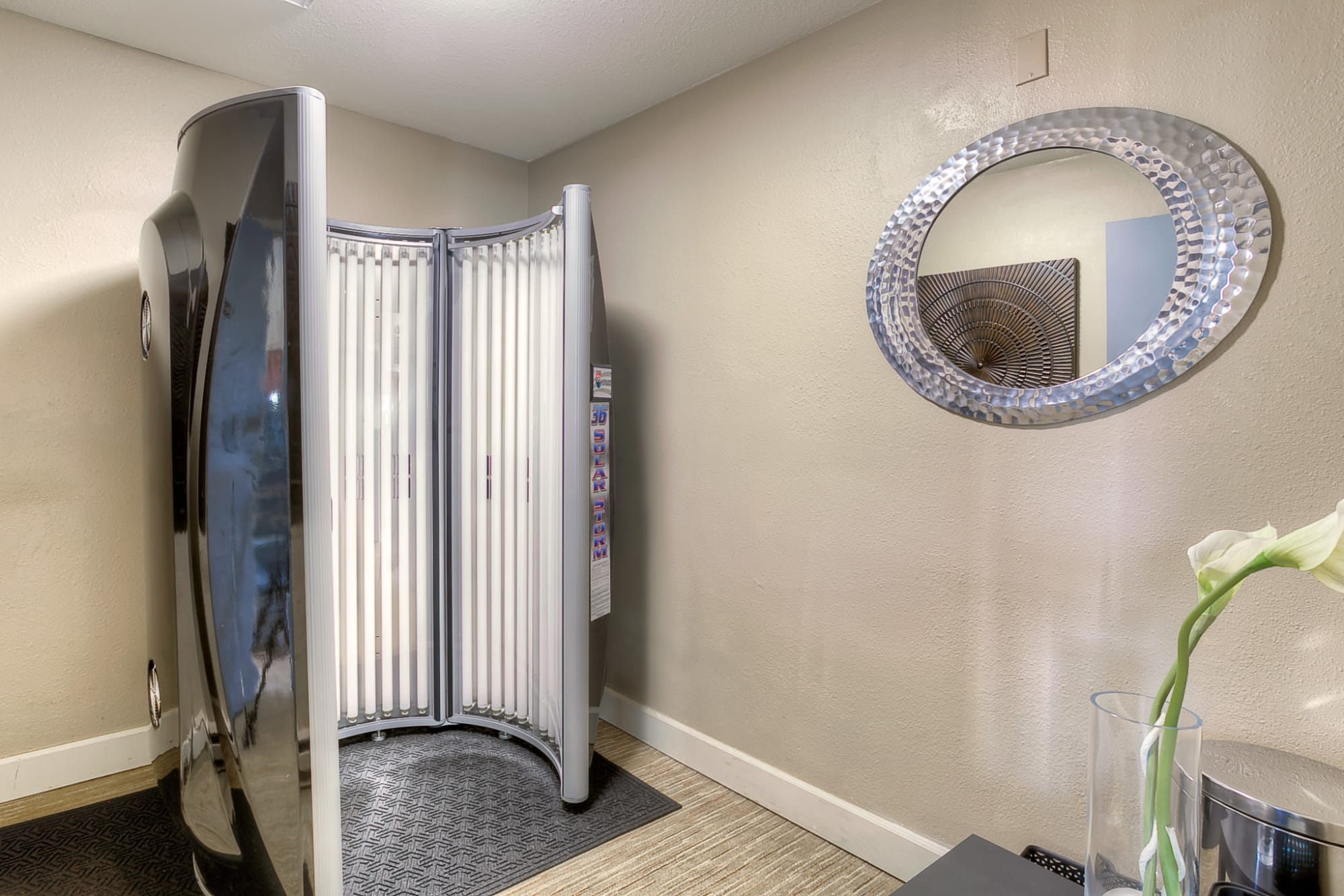 Tanning booth at Newport Crossing Apartments