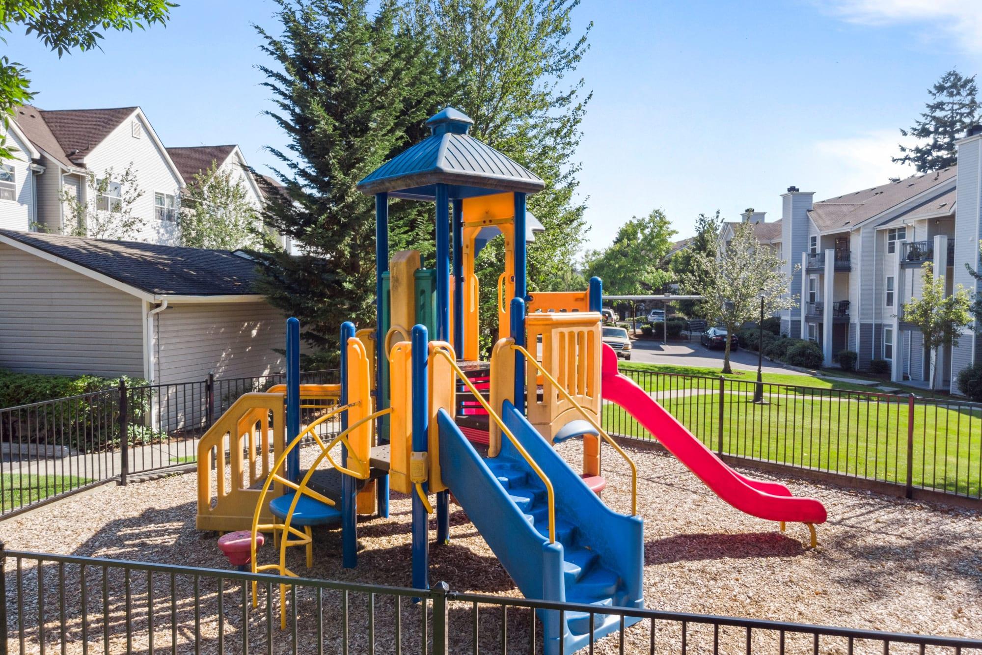 Playground {location_name}}
