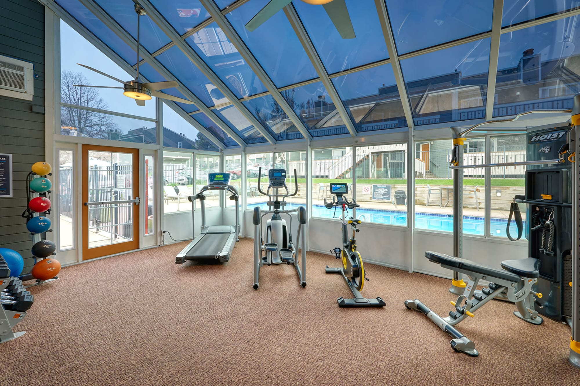 The gym facilities at Bluesky Landing Apartments in Lakewood, Colorado
