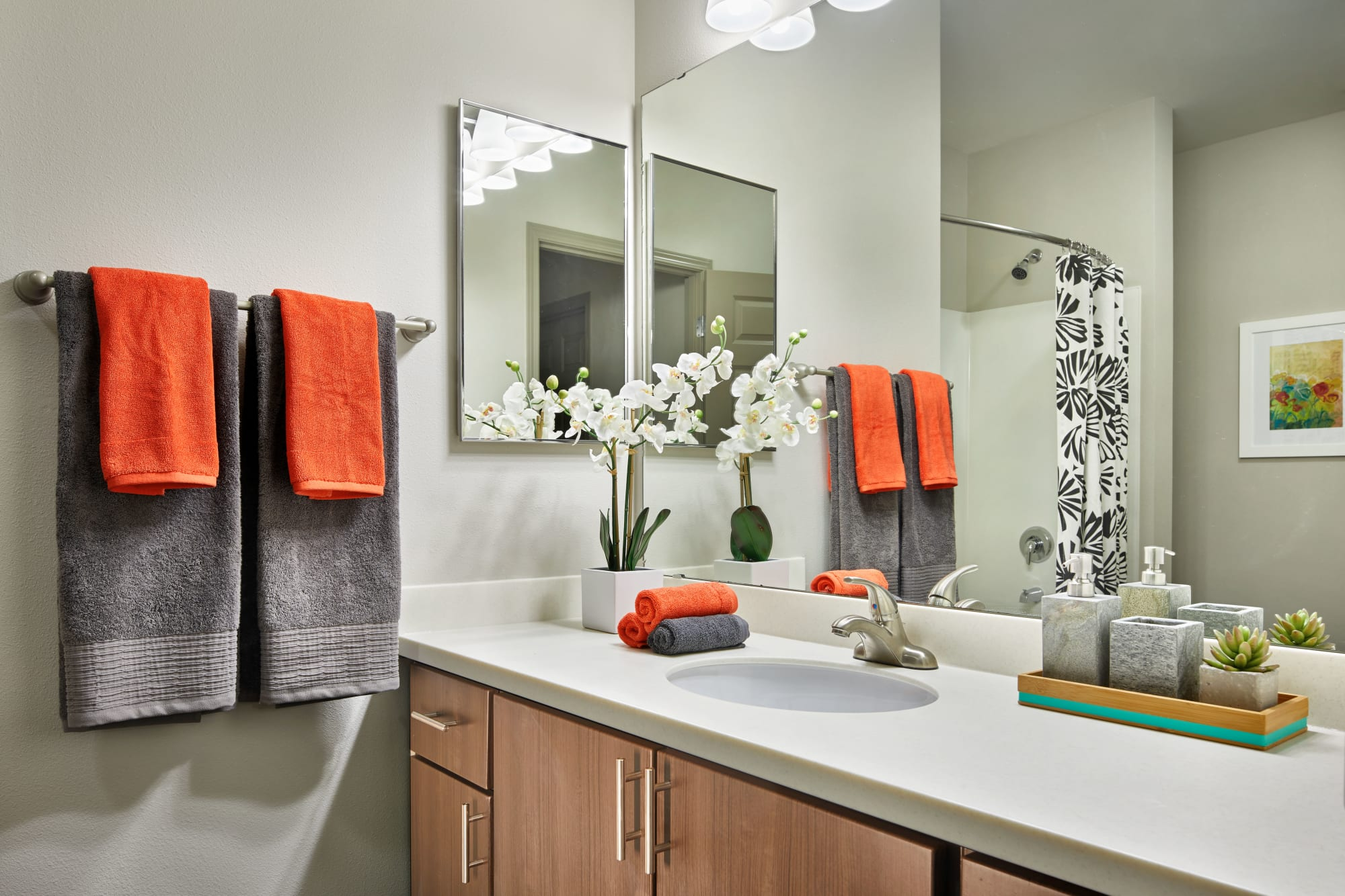 A bathroom with lots of counter space at Brookside Village in Auburn, Washington