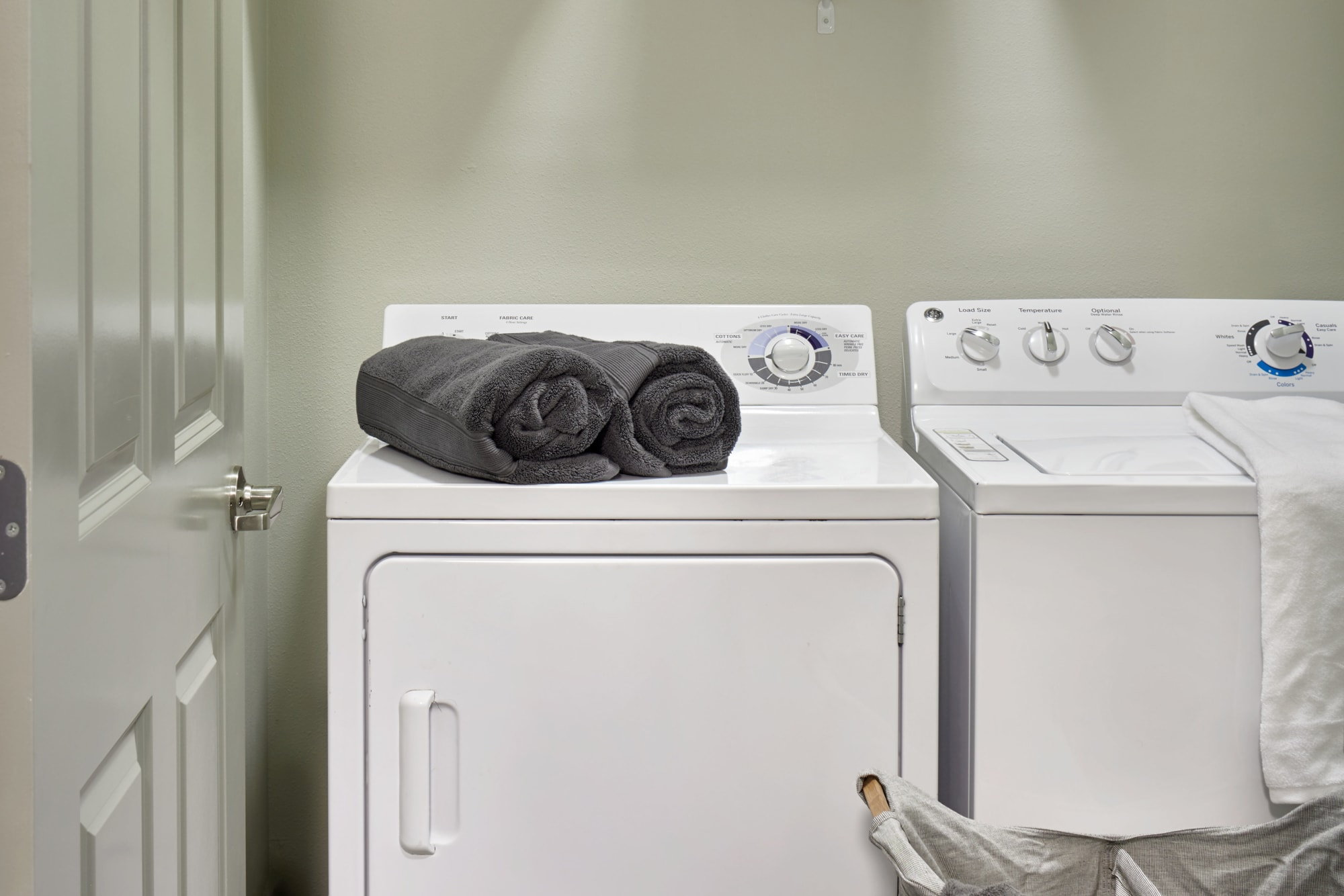 A washer and dryer combo at Brookside Village in Auburn, Washington