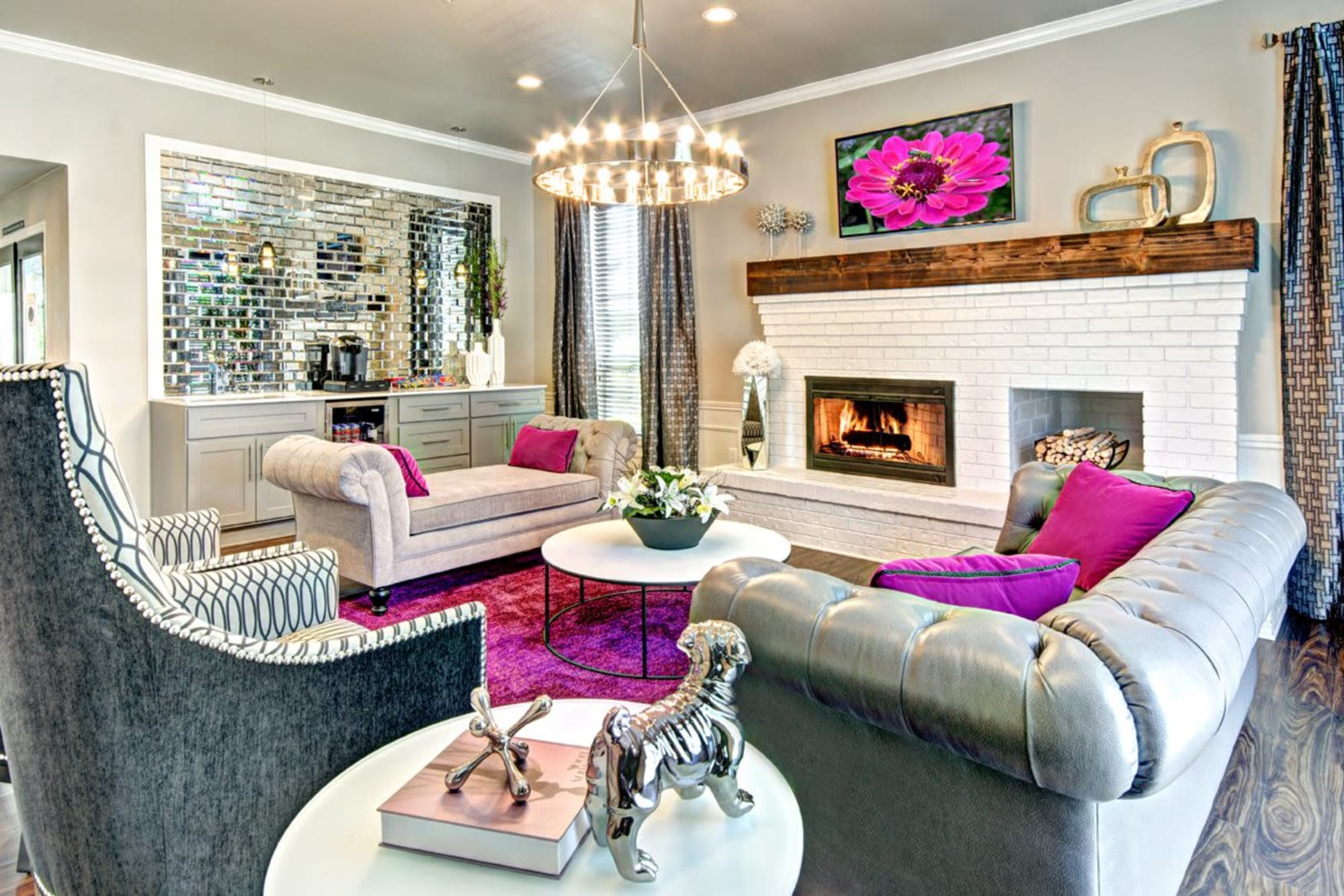 Fuchsia décor in the stylish clubhouse at Wellington Apartment Homes in Silverdale, Washington