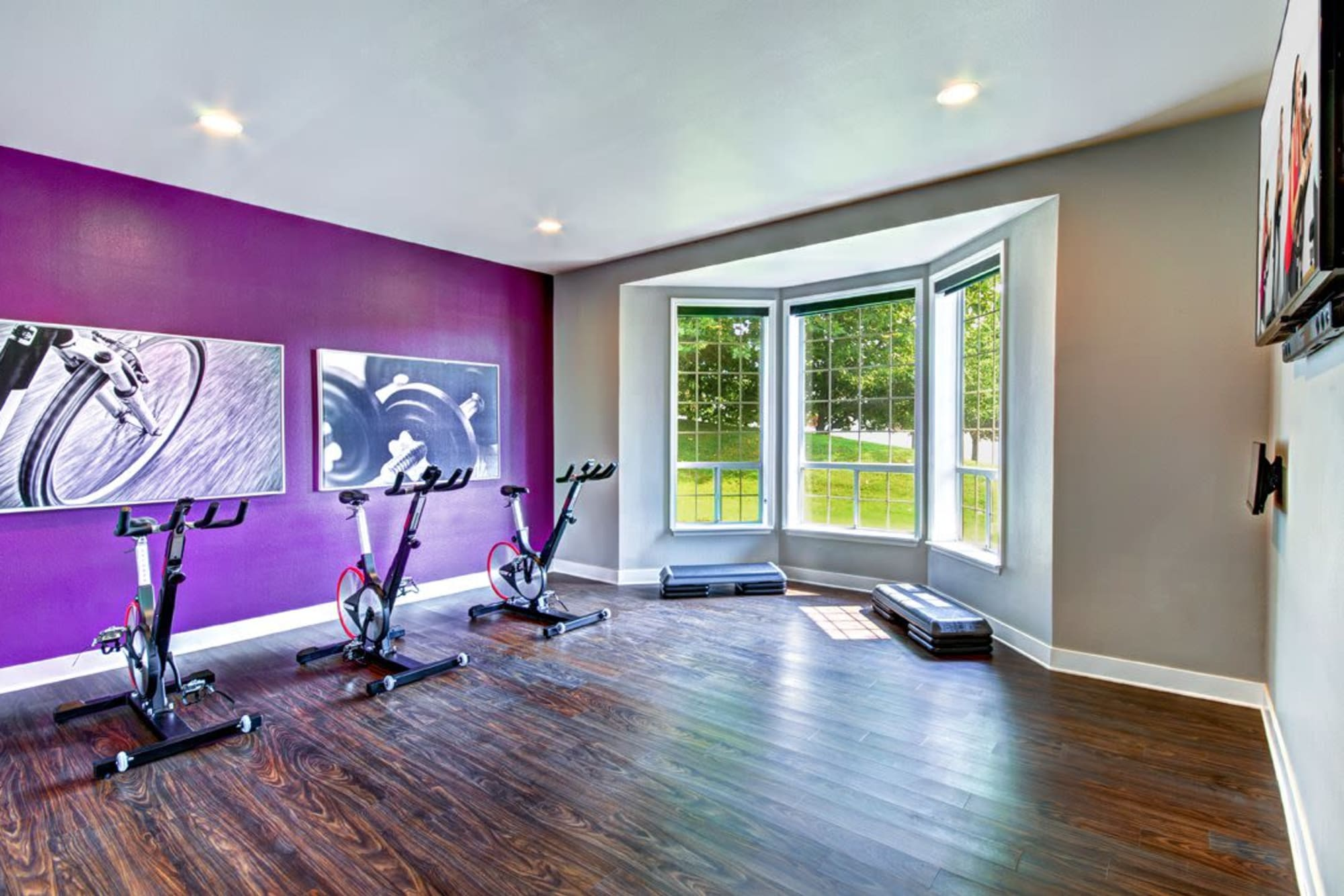 A workout room at Wellington Apartment Homes in Silverdale, Washington