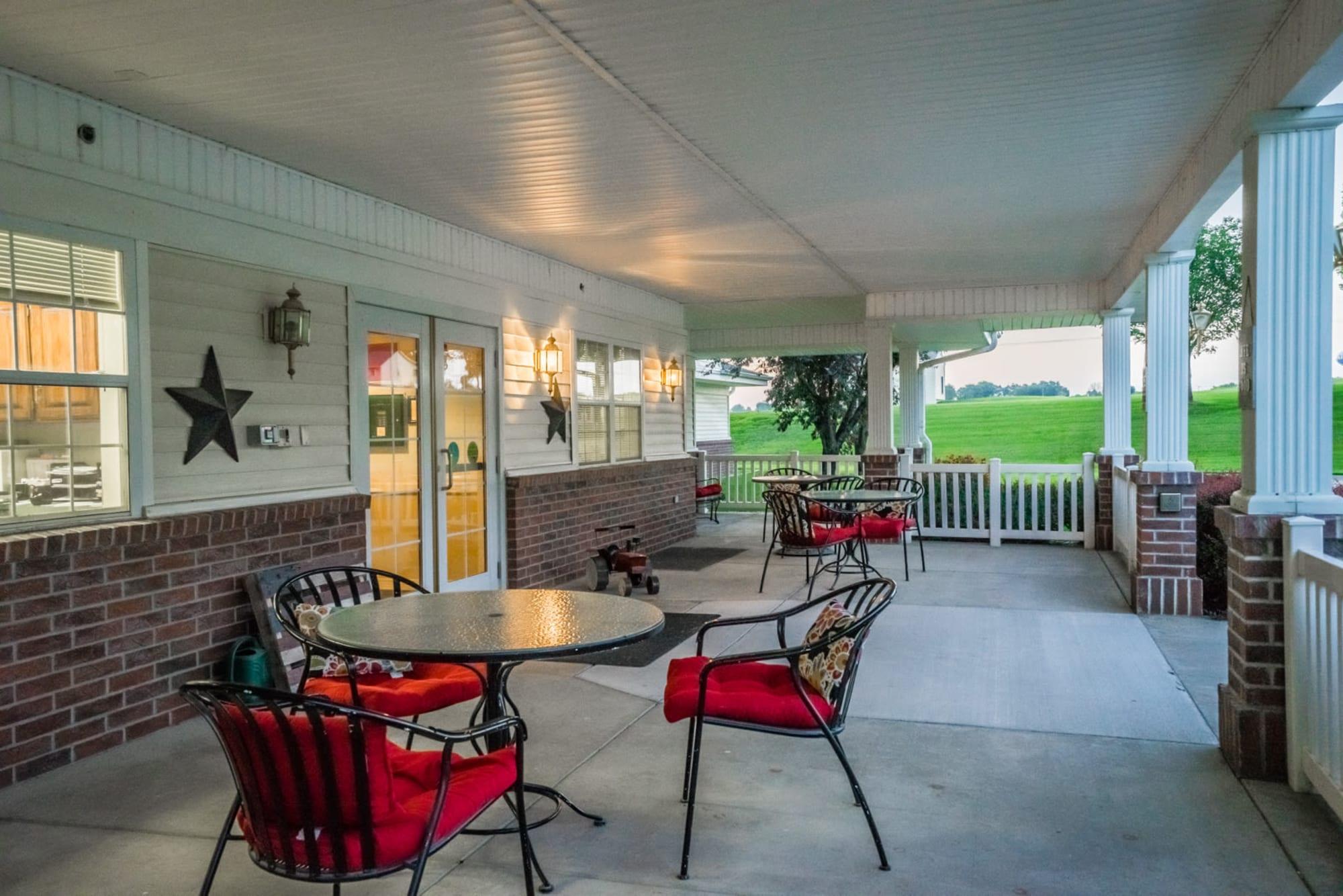 Inviting outdoor patio seating at Saunders House in Wahoo, Nebraska