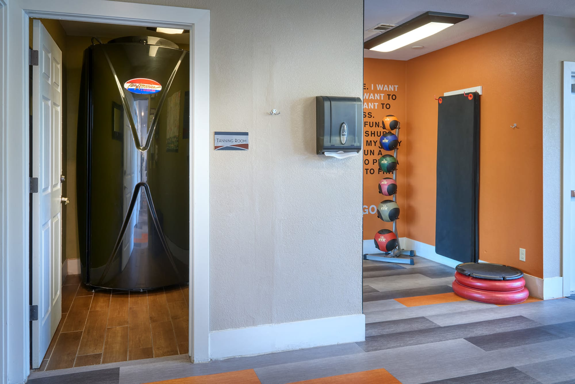 The tanning bed room at The Crossings at Bear Creek Apartments in Lakewood, Colorado