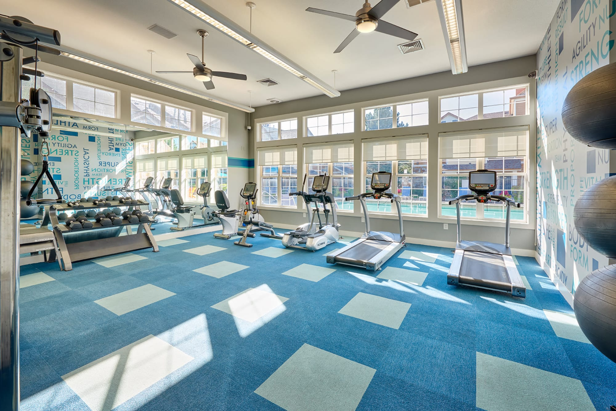 The community fitness center at Crestone Apartments in Aurora, Colorado