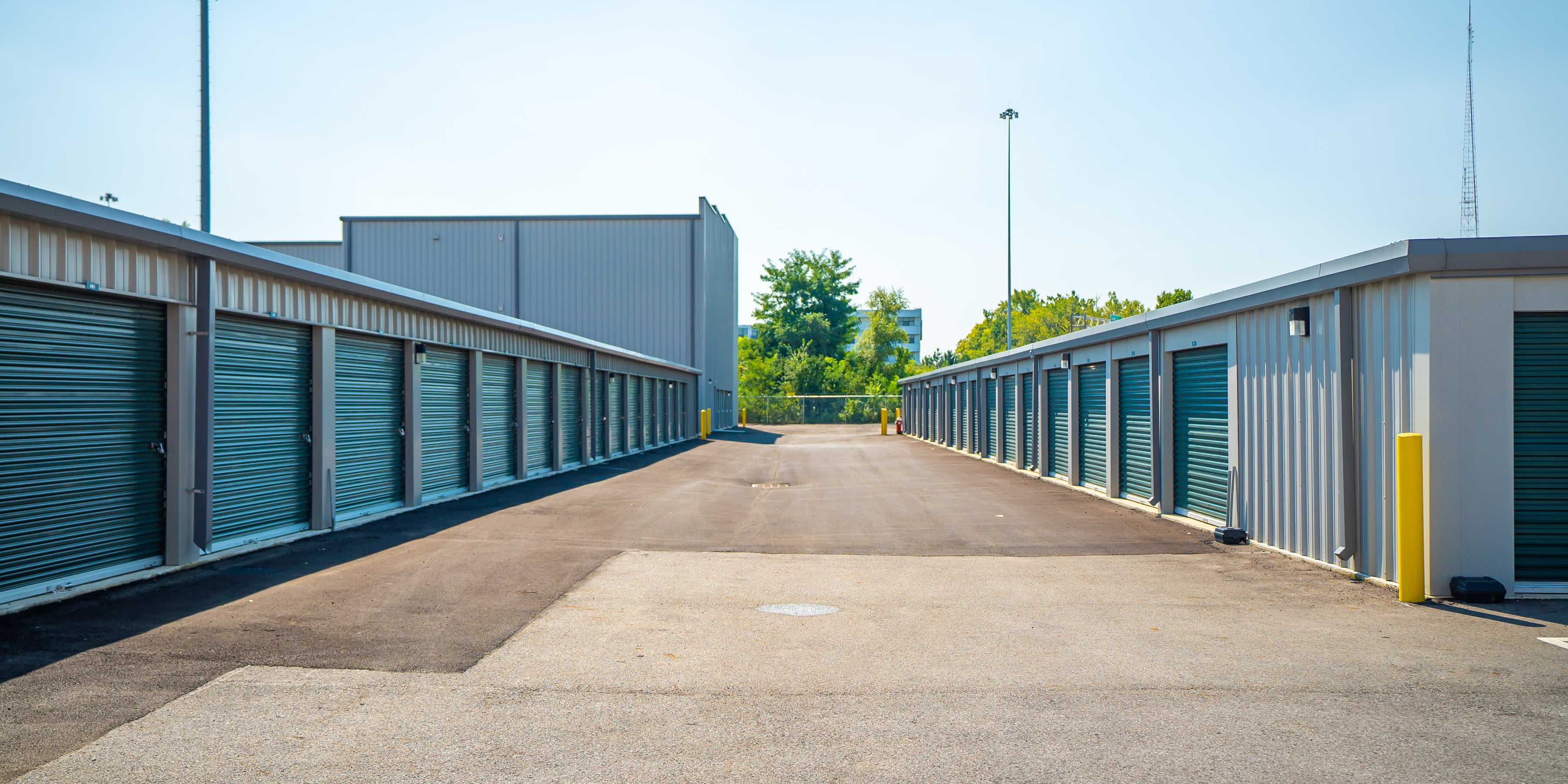 Car storage at Short North Storage is available