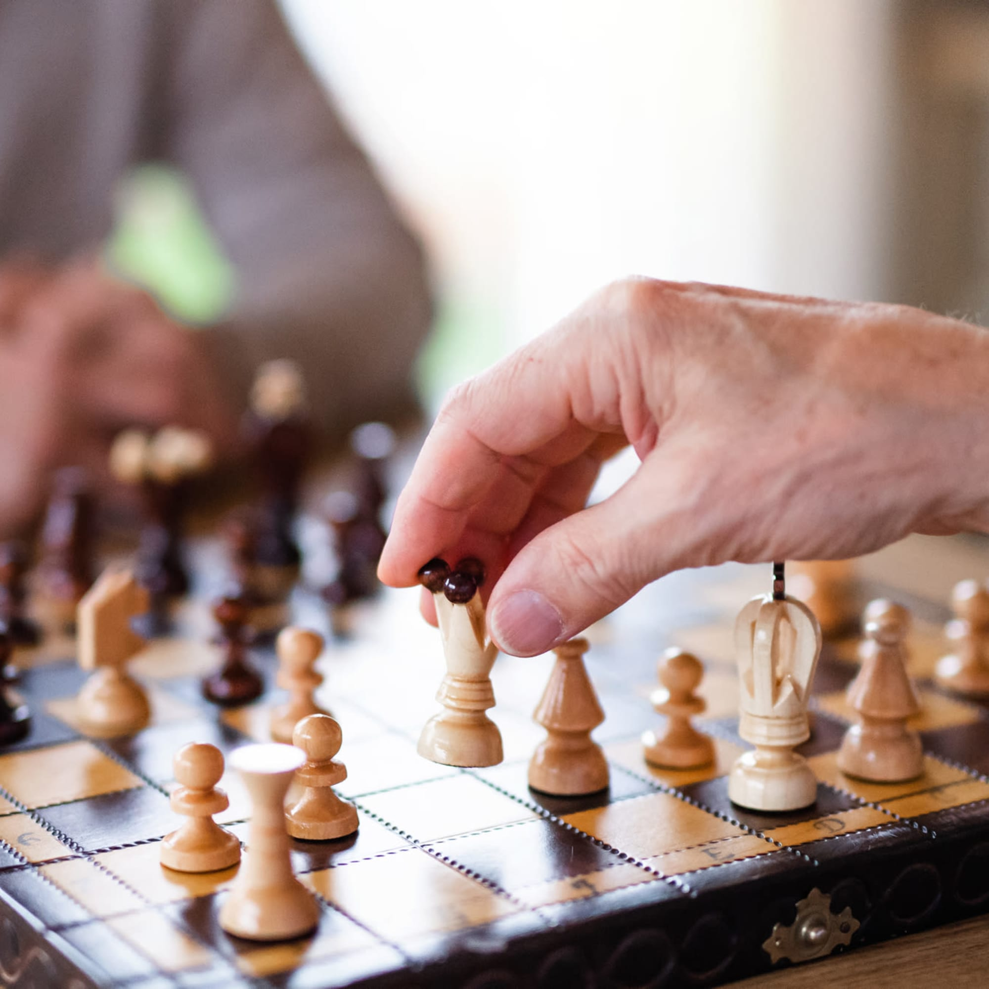 Respite care at Broadwell Senior Living in Plymouth, Minnesota