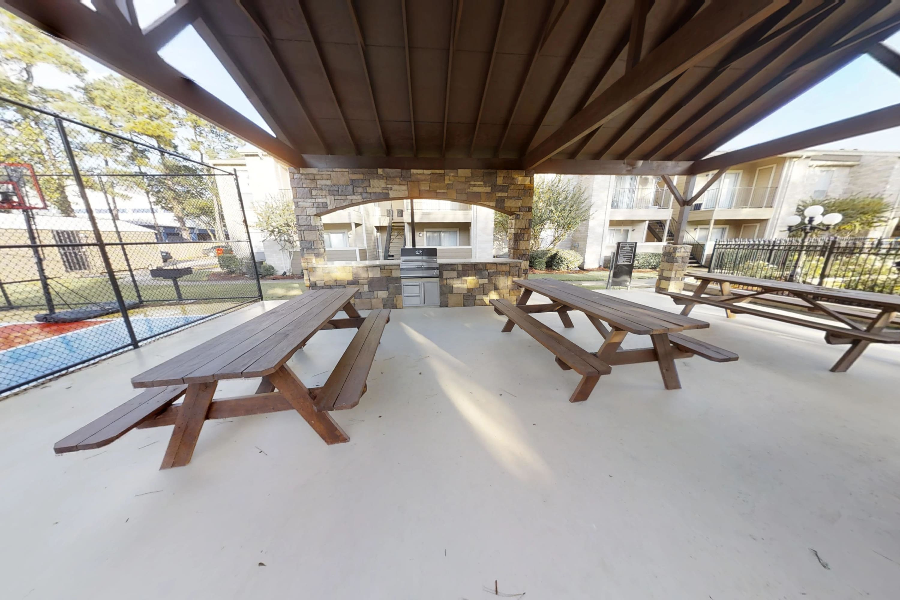 Outdoor Kitchen at Parkside Apartments