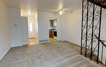 Virtual tour of a 1 bedroom apartment at Elmwood Terrace Apartments & Townhomes in Rochester, New York
