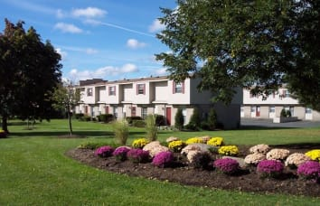 Saddle Club is a nearby community of Grant Village Apartments