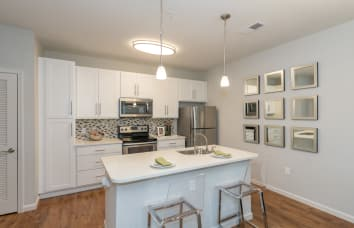 Open kitchens at apartments in Fredericksburg, Virginia