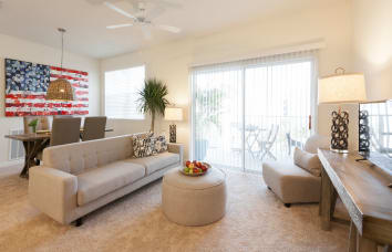 Spacious living room in Riverview, FL