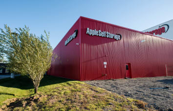 Apple Self Storage Oakville location