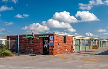 View our 3009 & FM 78 self storage location