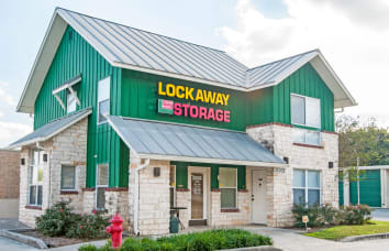 View our Nacogdoches self storage location