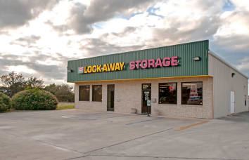 View our I-35 Schertz self storage location