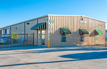 View our FM 1976 self storage location