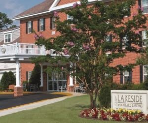 Photos of Lakeside Assisted Living location